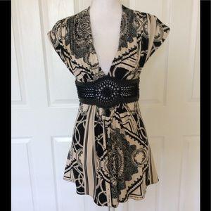 Sky blouse leather crochet belt Sz L
